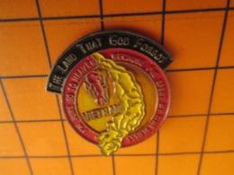 1519 Pin's Pins : BEAU ET RARE : Thème MILITARIA / VIETNAM NOTRE BONNE VIEILLE INDOCHINE ! - Militaria