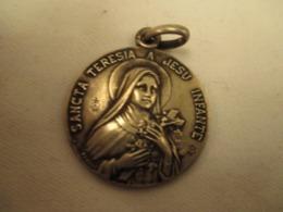 Medaille -  Sainte  Therese - Frankrijk