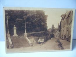 MONTFORT L'AMAURI 78 YVELINES  ESCALIER CONDUISANT AUX TOURS ET MONUMENT D'ANNEXE BRETAGNE INAUGURE LE 7 JUIN 1914 CPA - Montfort L'Amaury