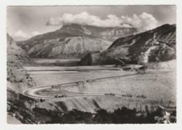 05 Construction De La Digue Du Barrage De Serre Ponçon Sur La Durance Postée De Gap En 1959 Engins De Terrassement - Gap