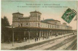 54 - AVRICOURT Allemand - La Gare (sur La Frontière Franco-allemande) Animée Quai (en Couleurs) /14 - Sin Clasificación