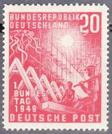 GERMANY  SCOTT NO. 666    MINT HINGED    YEAR  1949 - [7] Federal Republic