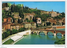VERONA:   PONTE  PIETRA  E  CASTEL  S. PIETRO  -  PIEGA  D' ANGOLO  -  PER  LA  SVIZZERA  -  FG - Verona