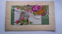 Carte Postale ( AA8 ) Ancienne Brodée - Embroidered