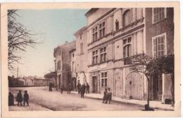 LAUDUN-PLACE DE LA MAIRIE - France