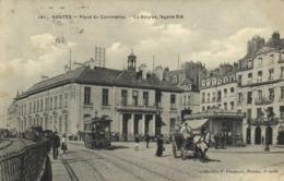 NANTES  Place Du Commerce La Bourse ,facade Est TRAM  Attelage Bon Plan RV - Nantes