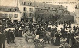 29 - Quimper - La Place Saint Mathieu - La Caserne, Le Marché Aux Pommes De Terre - Editeur: V France Frankreich Francia - Vendedores Ambulantes