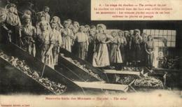 62) LENS : Série Des Mineurs - Le Triage Du Charbon - Femmes  France Frankreich Francia - Mineral