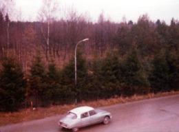 Photo Couleur Originale Ciroen ID Ou DS Bicolor Sur La Route En Vue Plongée Vers 1970 - Automobile