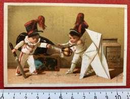 LIEBIG CHROMO CHAMPAGNE SABRER MAJORETTES ORIGAMI 1880 IMAGE PUBLICITÉ TESTU & MASSIN PARIS CAPITAL 12 MILLIONS - Liebig