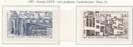 PIA  -   FRANCIA -  1987  :  Europa - Architettura Moderna  (Yv  2471-72) - Francia