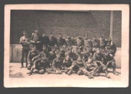 Original Photo Card / Carte Photo Originale - Young Soldiers / Jeunes Soldats / Soldaten - Caserme