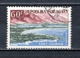 MADAGASCAR   N° 368  OBLITERE   COTE 1.00€   FORT DAUPHIN - Madagascar (1960-...)