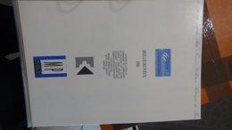 47 Documents Philatéliques An 1990 Complète (côte 2003 : 525 Euros) PORT 8.80 Euros COLISSIMO OFFERT (pour La France) - Collezioni (in Album)