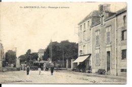 ANCENIS - Le TRAIN - Locomotive Au Passage à Niveau - Hôtel De France (Vassellier Nantes Vers 1914) - Rare - Ancenis