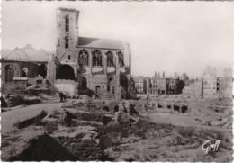 SAINT-MALO - CPSM Grand Format - Après Les Bombardements - La Cathédrale Et La Rue De La Vieille Boucherie - Saint Malo