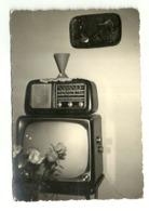 """5894 """" APPARECCHI RADIO E TV ANNI '60 """" FOTO ORIGINALE - Oggetti"""