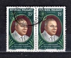 MADAGASCAR   N° 409  EN  PAIRE  OBLITERE   COTE 0.60€   PRESIDENT - Madagascar (1960-...)