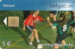 CARTE-PUCE-BELGIQUE-SPORT-Be113-2006-FOOT EN SALLE-TBE - Sport