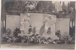 Photo De RUFFEC (16) Monument Aux Morts, Photo Marcel BERNY - Places
