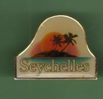 LES SEYCHELLES *** 2007 (122) - Ciudades