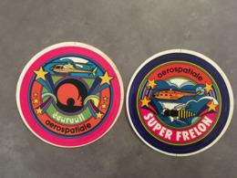 LOT DE 2 AUTOCOLLANTS AEROSPATIALE HELICOPTERE ECUREUIL ET SUPER FRELON - Stickers