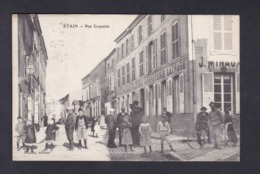 Peu Courante Etain (55) Rue Coquette (animée Angle Rue De Metz Tissus J.  Minaux Ed. Dauchy) - Etain
