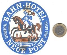 ETIQUETA DE HOTEL  -BAHN HOTEL NEUE POST  -FIDEL NIGGL -TEGERNESEE  -ALEMANIA - Etiquetas De Hotel