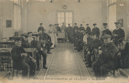 Villejuif Hospice Departemental . Un Refectoire ELD . Quelques Defauts - Villejuif