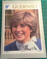 Lady Diana Spencer 8p Guernsey Post Office Stamp Card 1981 - Familias Reales
