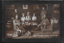 AK 0358  König Friedrich August Von Sachsen Im Kreise Seiner Kinder - Rotes Kreuz-Karte Um 1914 - Königshäuser