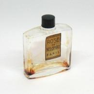 "Flacon De Parfum Ancien ""Rose"" De NELOMBO - Fragrances"