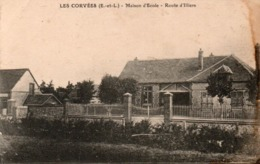 28 - LES CORVEES - Maison D'Ecole - Route D'Illiers - Autres Communes