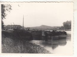 Péniches  Sur Les Canaux Du Nord  - Photo - Houseboats