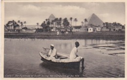 236879Cairo, The Pyramids Of Gizeh During The Inundation Of The Nile. 1931 - Caïro