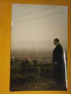 Photographie Presse François Mitterrand,Vietnam,année 1993,lot B,très Bel état,format 24X16cm,envoi En Lettre économique - Personas Identificadas