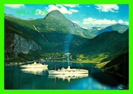 BATEAUX, SHIPS - NORWAY, TOURIST VESSELS IN THE HARBOUR - AUNE - - Dampfer