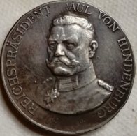 RÉPLICA Medalla Presidente Paul Von Hindenburg. Alemania. Pre II Guerra Mundial. 1932-34 - Alemania