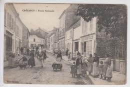 CPA Crézancy - Route Nationale (très Belle Animation Devant Boulangerie Fallet) - Sonstige Gemeinden