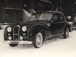 Photo D'une Belle Voiture A Decouvrir - Automobiles