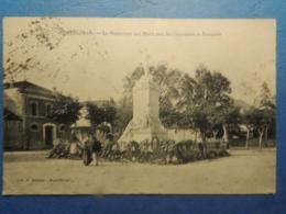 CPA    MONTELIMAR  MONUMENTS AUX MORTS AVEC COURONNES ET  BOUQUETS  1916 - Montelimar