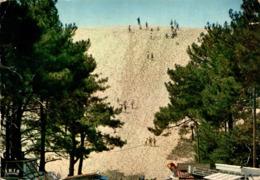 Arcachon La Dune Du Pilat Pliure   CPM Ou CPSM - Arcachon