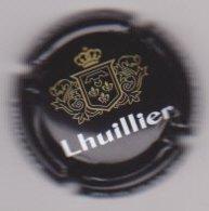 Capsule Champagne LHUILLIER ( 34 ; Noir  Or Et Blanc ) {S46-19} - Champagne