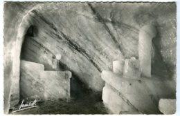 Cp Du 74 Chamonix 1963 Mont Blanc La Cuisine Grotte De La Mer De Glace Ed Jansol Chambery - Chamonix-Mont-Blanc