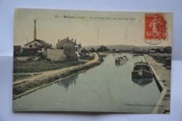 BRIARE-le Nouveau Port,vue Prise Du Pont-peniche A Quai- MAUVAIS ETAT(decollement ) - Briare