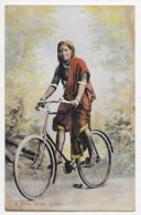 A Hindu Woman Cyclist - Inde