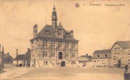 België Oost-Vlaanderen    Zomergem Somergem  Gemeentehuis En Markt   M 1124 - Zomergem