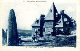 N°76456 -cpa Trégastel -le Menhir- - Dolmen & Menhirs