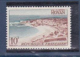 N° 978 Série Touristique: Royan: Un Timbre Neuf Impeccable Sans Charnière - France