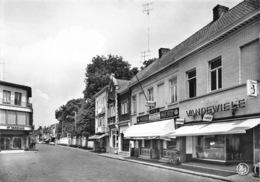 België  Waregem  Echte Foto Fotokaart  Stationsstraat  Vandewiele Conie  Anglo-Belge  St.Jacques  Coopman        M 1162 - Waregem